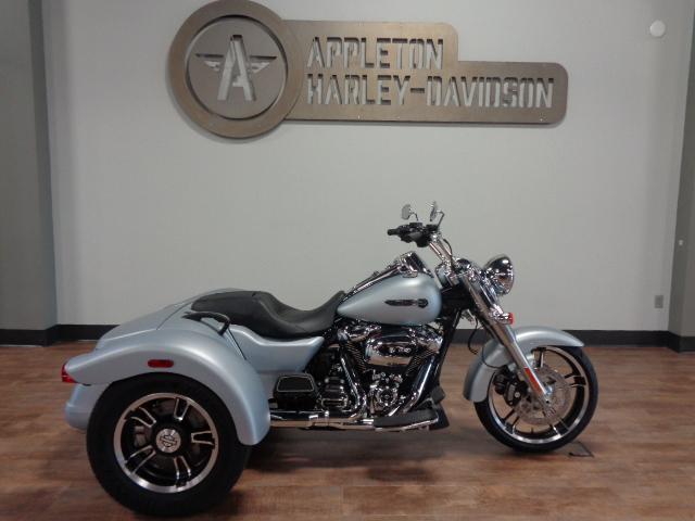 2020 Harley-Davidson Freewheeler [3]
