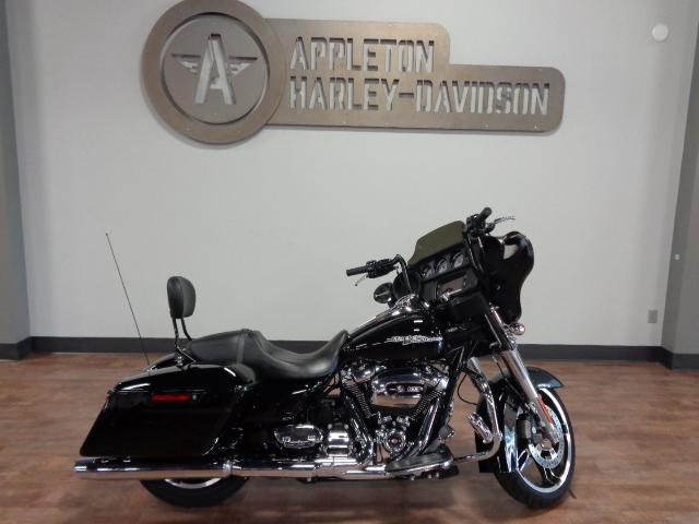 2018 Harley-Davidson Street Glide [6]