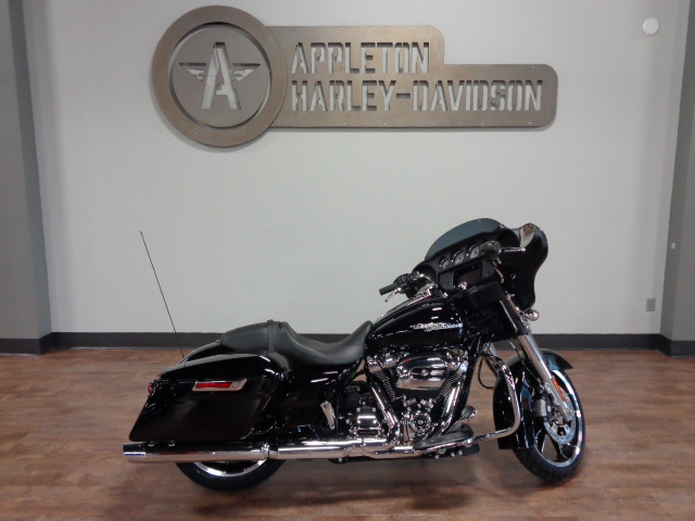 2020 Harley-Davidson Street Glide [14]