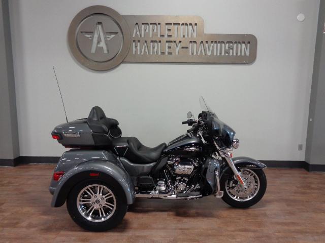 2021 Harley-Davidson Tri Glide Ultra [13]