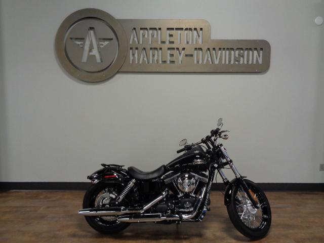 2015 Harley-Davidson Street Bob [12]