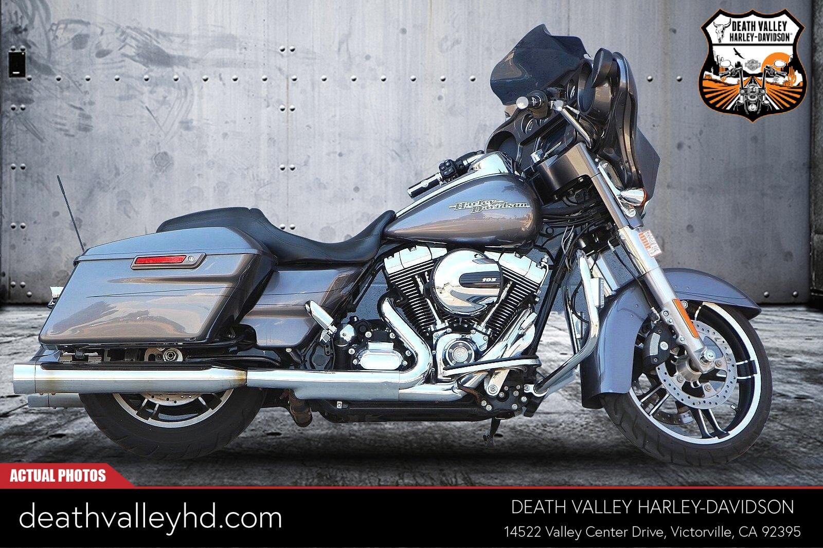 2014 Harley-Davidson Street Glide Special [11]