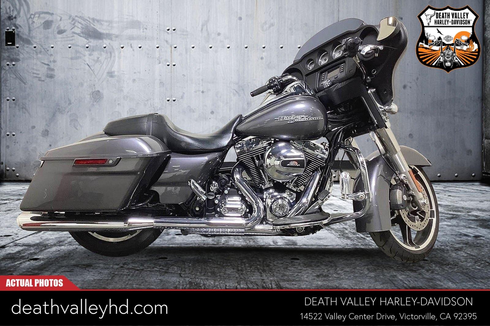 2014 Harley-Davidson Street Glide [11]