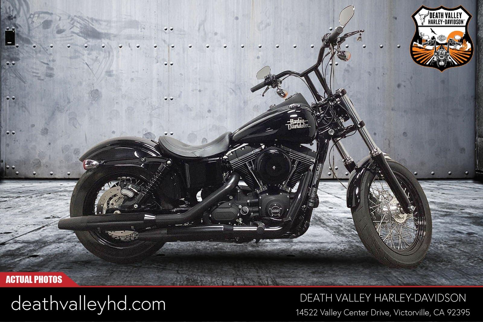 2015 Harley-Davidson Street Bob [15]