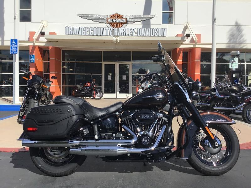 2019 Harley-Davidson FLHCS [19]