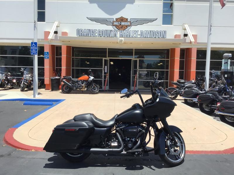 2018 Harley-Davidson Road Glide Special [2]