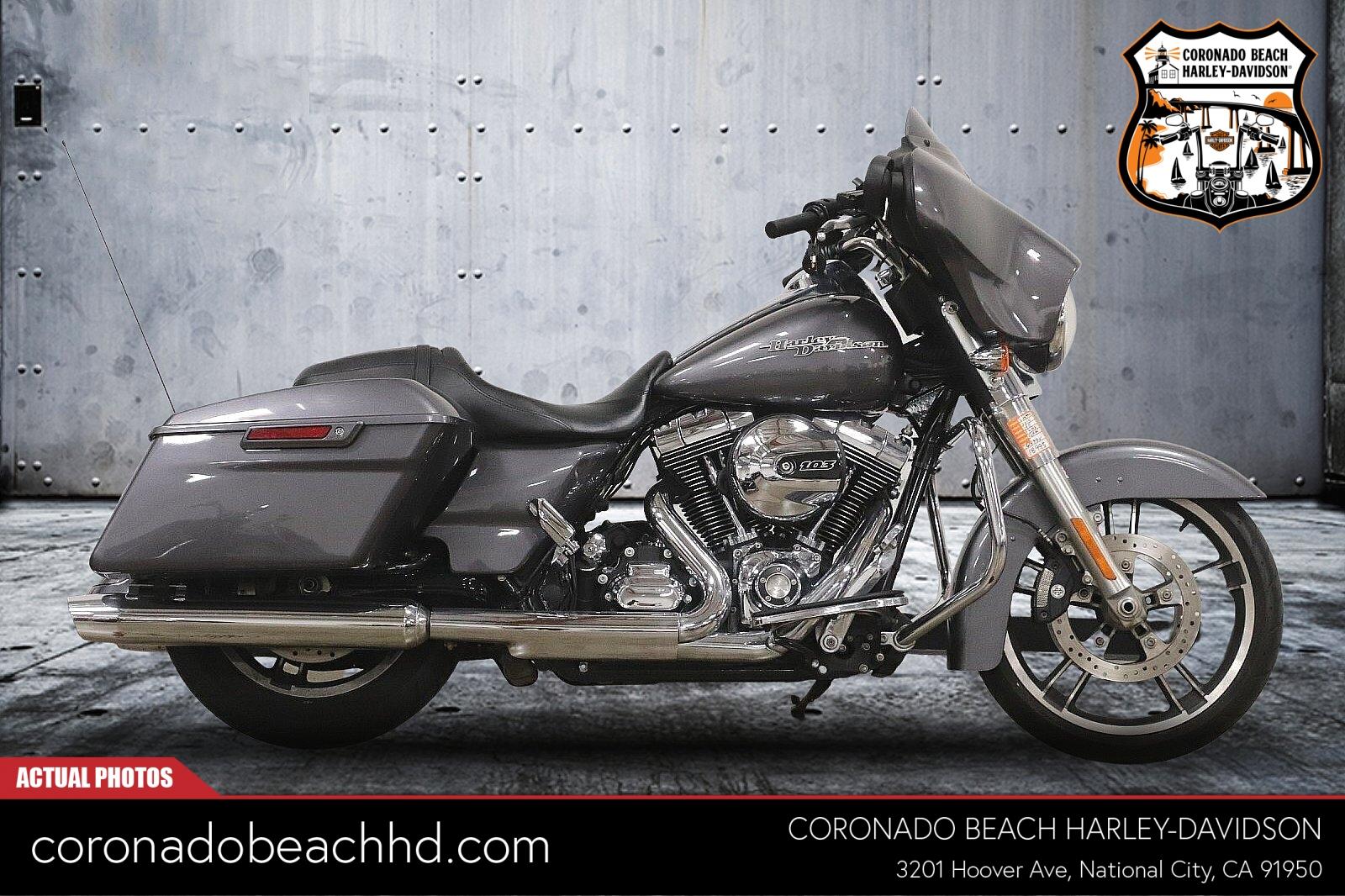 2014 Harley-Davidson Street Glide Special [10]